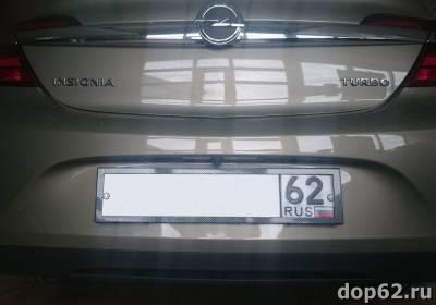 установка камеры заднего вида на Opel Insignia